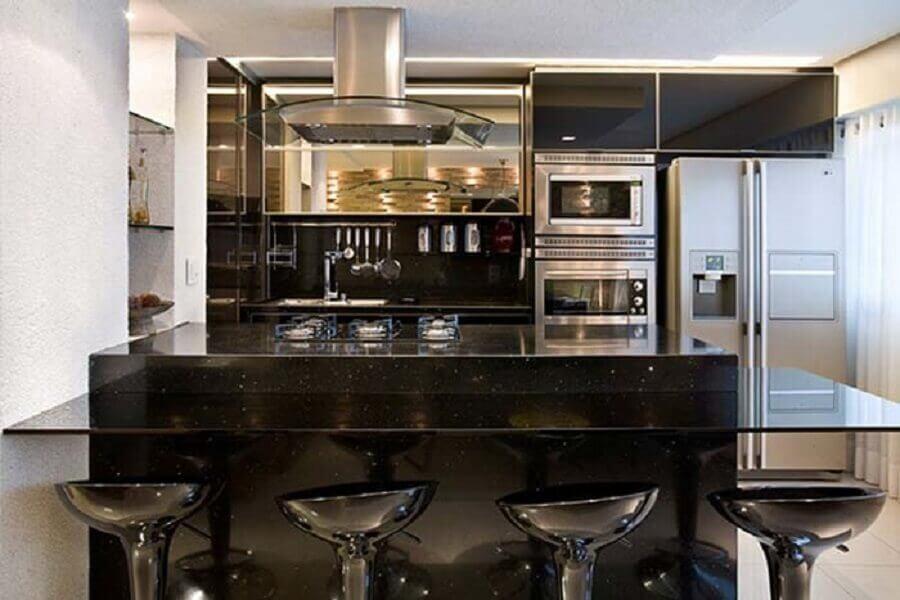 Bancadas Com Granito Preto Absoluto Em Cozinha Rústica1