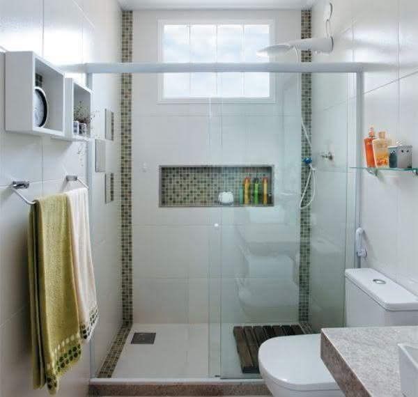 Banheiros Com Pastilhas No Box6