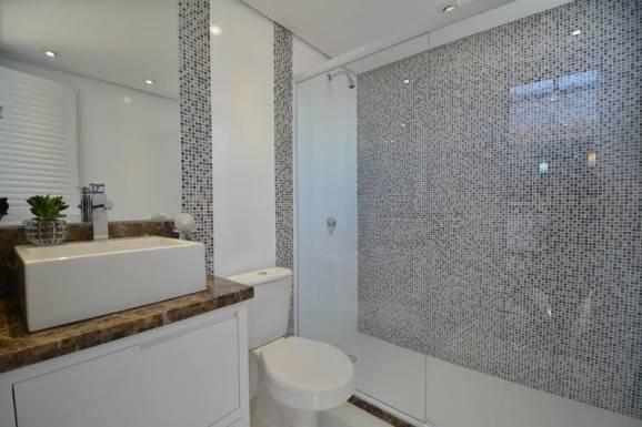 Banheiros Com Pastilhas No Box7