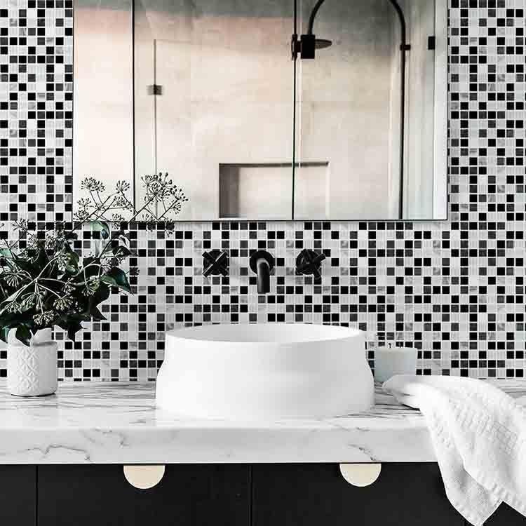 Banheiros Em Preto E Branco2