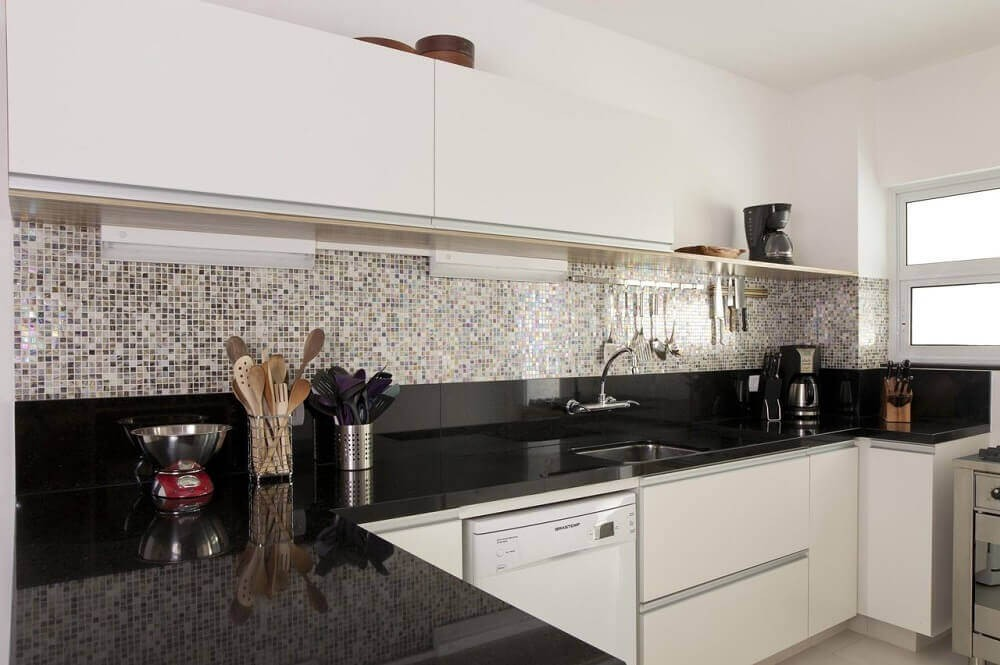 Cozinha Com Granito Preto2
