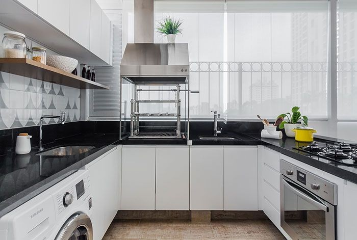 Cozinha Com Granito Preto3