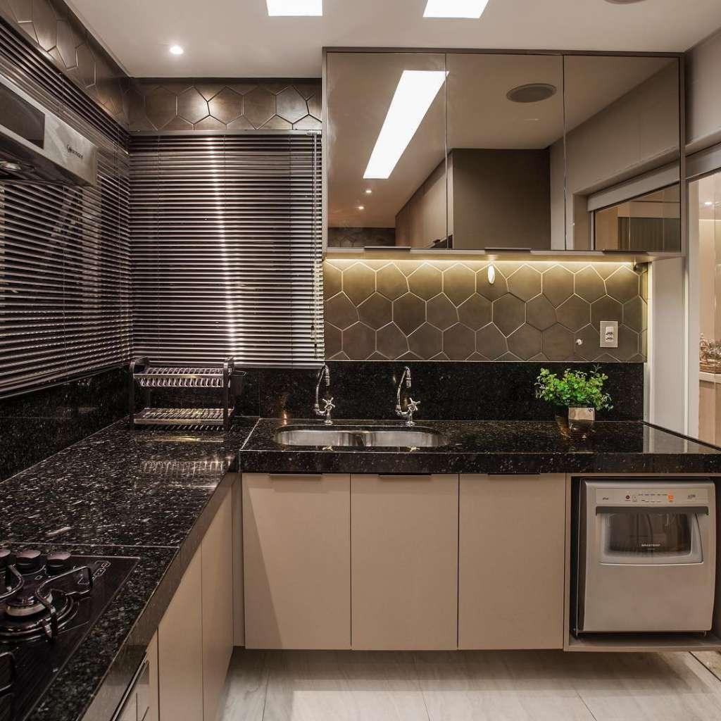 Cozinha Com Granito Preto4