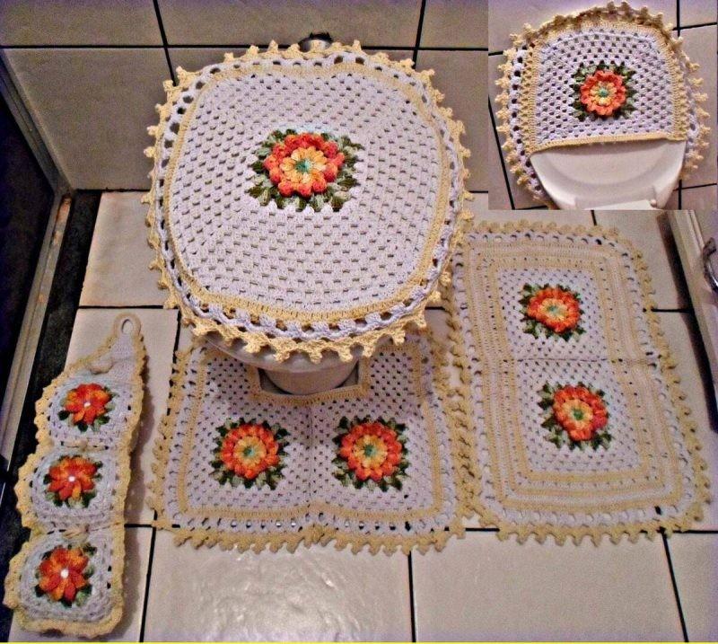 crochê no banheiro com flores6