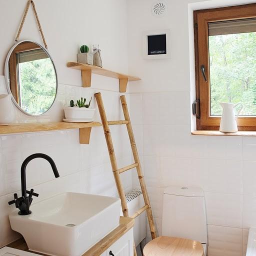 Facilidades Do Banheiro Pequeno6