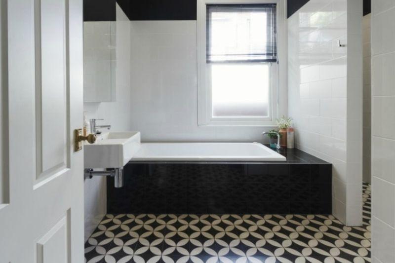 Pisos Para Banheiros Em P&B (1)