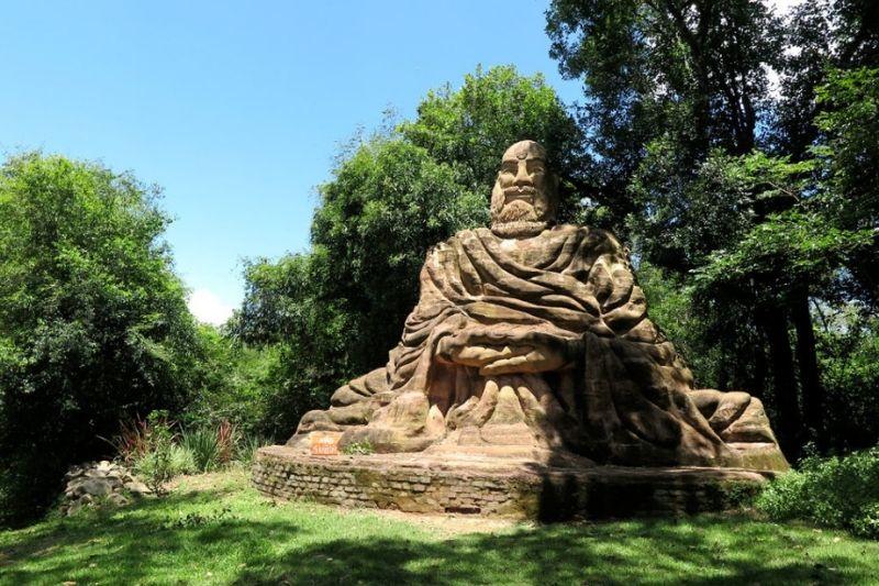 Esculturas Em Jardim Com Pedras Zen (5)