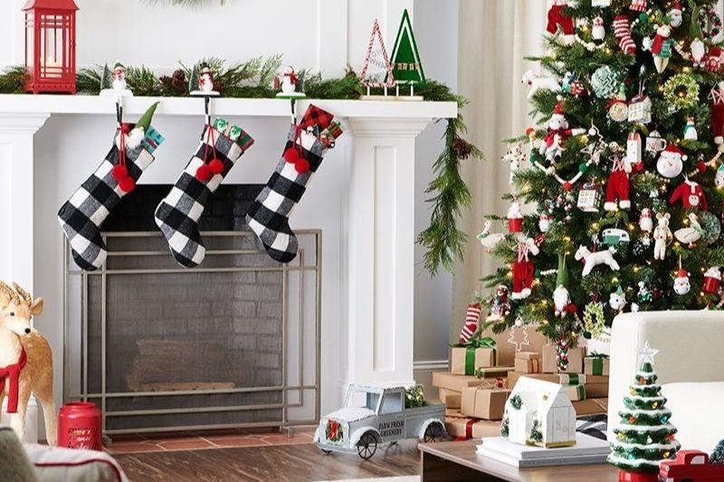 Fotos De Enfeites De Natal Com Pinhas (11)
