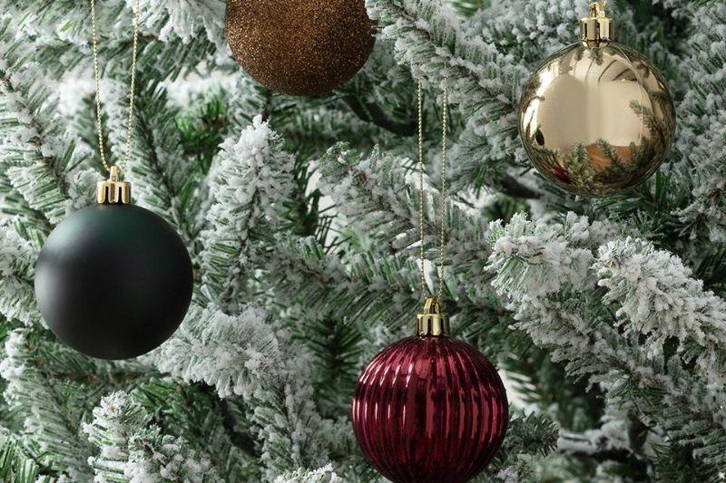 Fotos De Enfeites De Natal Com Pinhas (18)