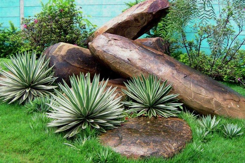 Jardim Com Pedras De Rio (1)