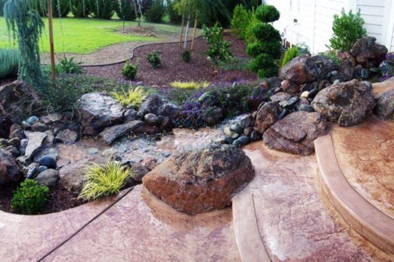 Jardim Com Pedras Grandes (4)