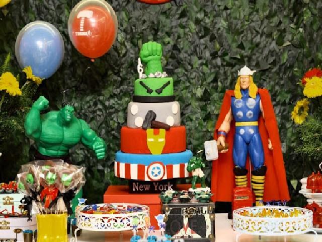 Bolo Vingadores – Topo do Bolo, Fotos e Tipos!