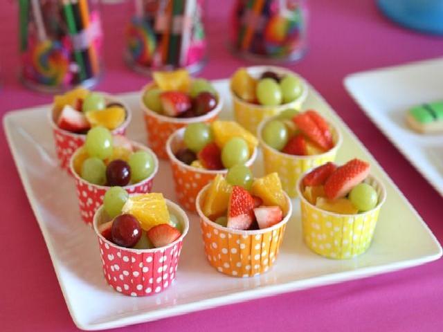 Festas De Criança Com Frutas
