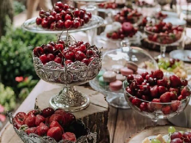 Frutas Vermelhas E Frescas