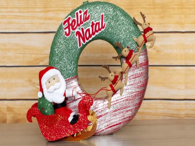 Guirlanda De Natal Em Feltro Na Porta 3