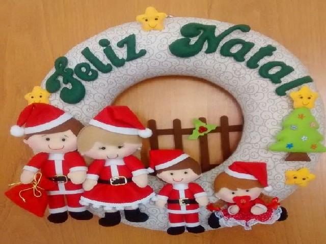 Guirlanda De Natal Em Feltro Na Porta 6