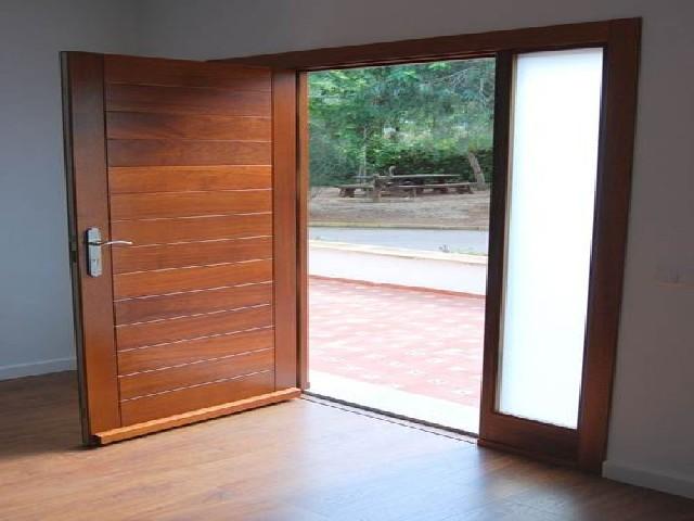 Porta De Entrada De Madeira Simples3