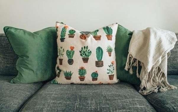 Limpeza de sofá: dicas de como limpar o seu estofado