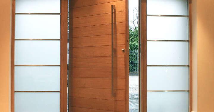 Sua casa elegante com Portas Pivotantes
